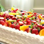 形で選ぶ!こだわりの結婚式で人気のケーキデザインとは?