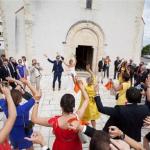 結婚式でサプライズしたい!余興【フラッシュモブ】とは?