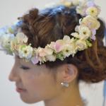 ウエディングドレスと髪型に合う花冠を作ってもらう最適の方法