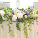 装花ってなに?ゼロからわかる結婚式に必要になる装花の種類